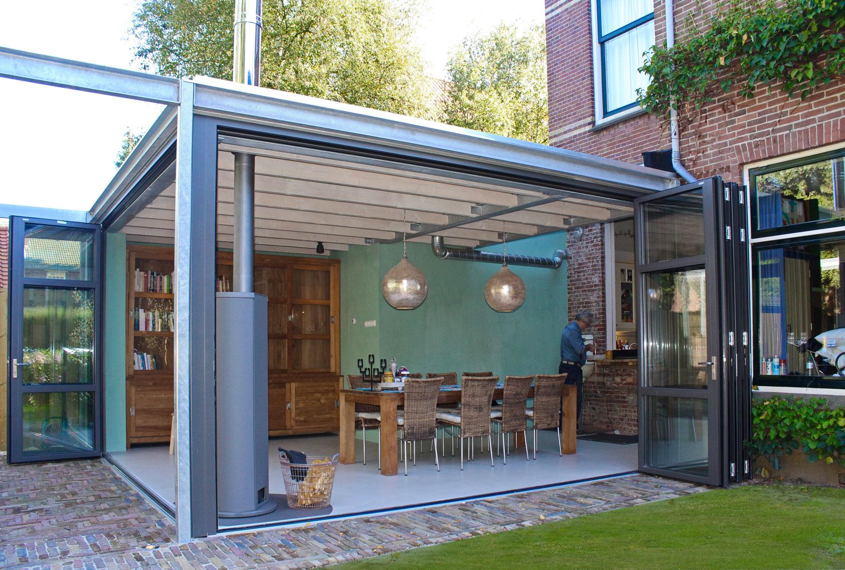 Ontwerp aanbouw met industrial look zeist id architectuur for Glazen uitbouw