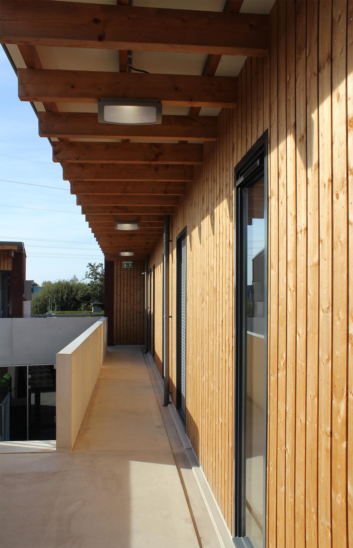 nieuwbouw-dierenasiel-houten-gevelbekleding-3