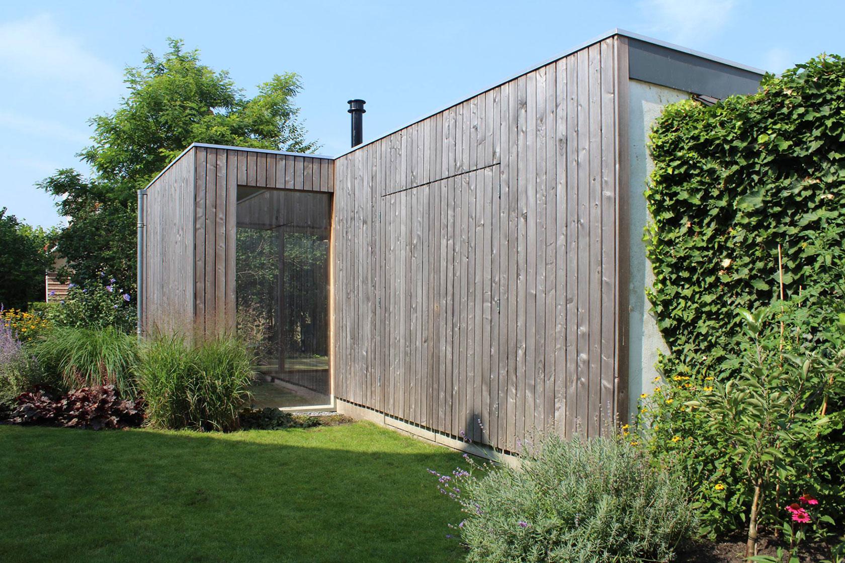 Ontwerp bijgebouw hout duurzaam bouwen id architectuur for Bijgebouw tuin