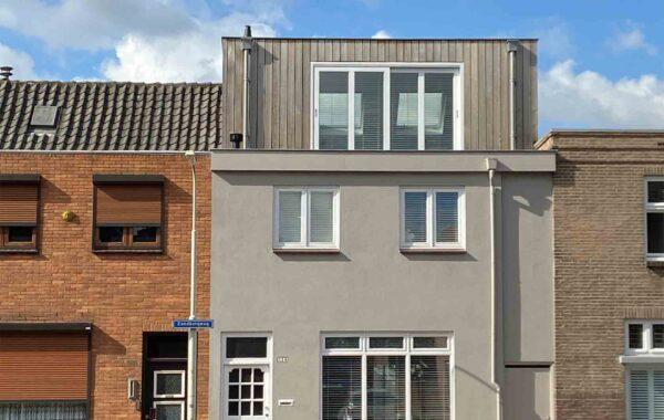 Houten dakopbouw, Breda
