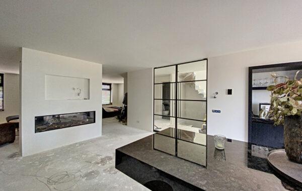 Nieuwbouw winkelpand en luxe bovenwoning